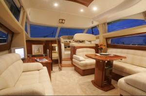 Jeanneau Prestige 42 Flybridge Cruiser