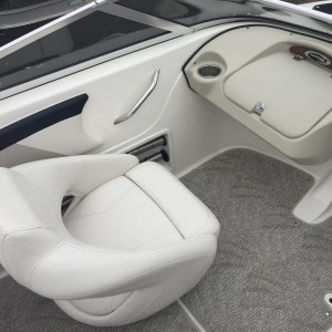 2010 Glastron GT 185