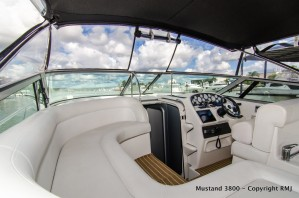 Mustang 3800 LE Sports Cruiser