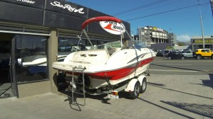 2004 Sea Ray 200 Sundeck