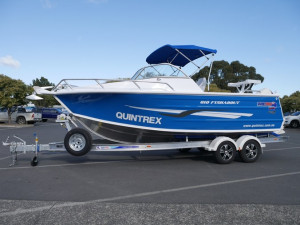 QUINTREX  610 FISHABOUT - RUNABOUT