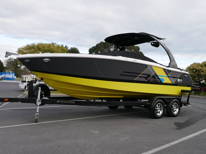 Four Winns H230rs - Dlx Bow Rider