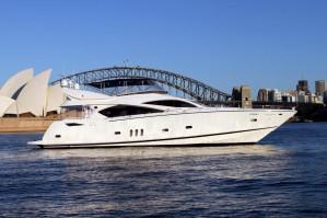 2003 Sunseeker Yacht 82