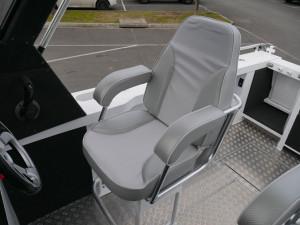 QUINTREX YELLOWFIN 6500 HARD TOP