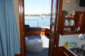 Huntsman 28 Flybridge Cruiser
