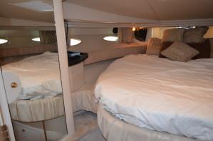 2000 Searay 410 Express Cruiser