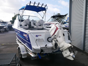 QUINTREX 510 OCEAN SPIRIT - CABIN BOAT