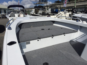Stacer 449 Outlaw Side Console 2020 Model