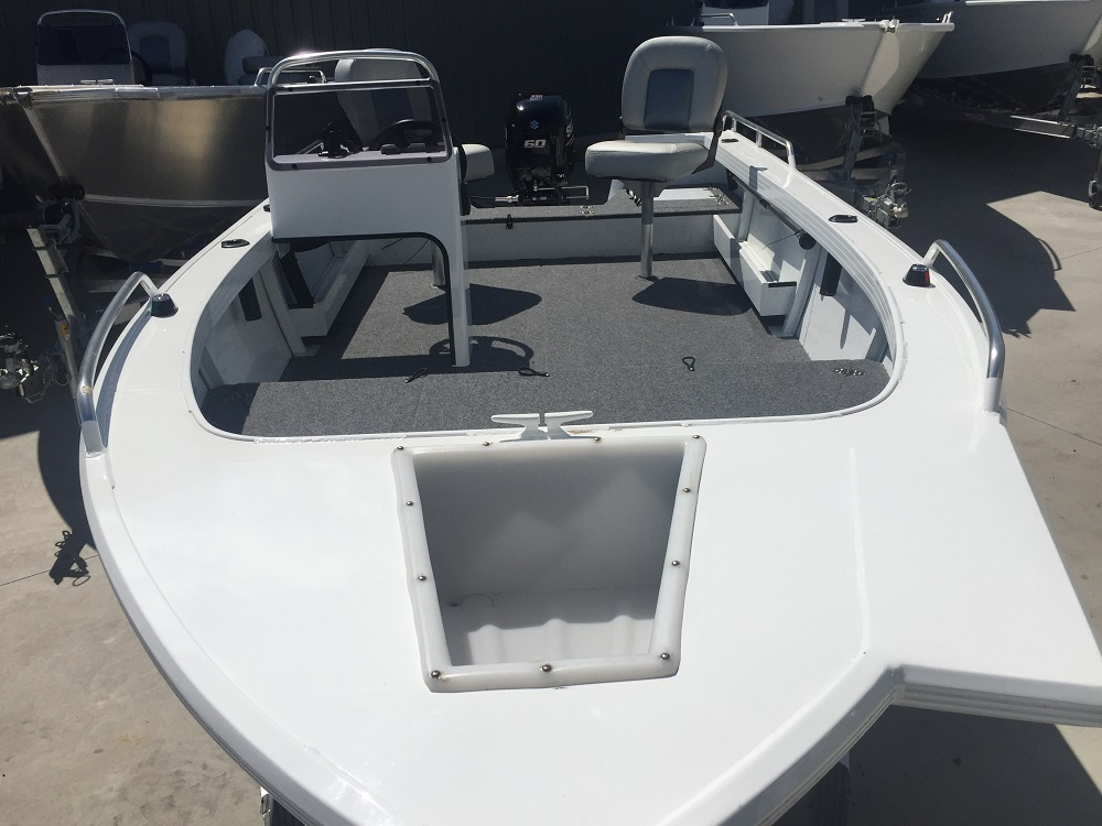 Stacer 449 Outlaw Side Console 2019 Model Blakes Marine