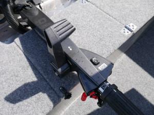QUINTREX 420 RENEGADE TS - TILLER STEER