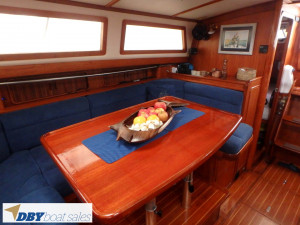 Sceptre 43 Pilothouse