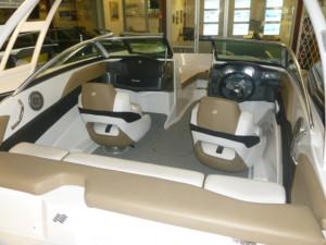 Four Winns 180 Outboard