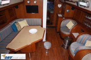 Hylas 44 Centre Cockpit