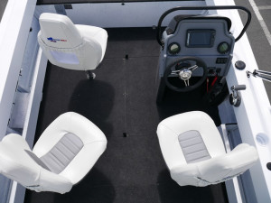 Quintrex 530 Frontier - Side Console with 115hp Mercury 4-Stroke