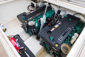 2015 Maritimo S43 Sedan Motoryacht