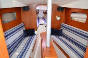 Northshore 33 Yacht