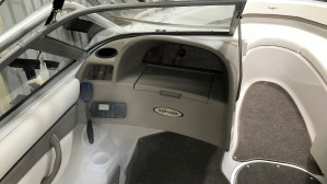 2004 Four Winns H200