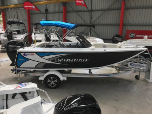 QUINTREX 550 FREESTYLER