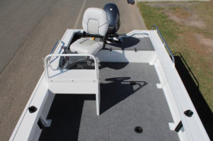 QUINTREX 420 EXPLORER TROPHY Side Console  F40HP Package