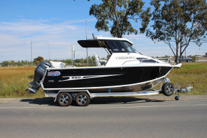 Quintrex 650 Trident Hard Top  F225 HP Pack 4
