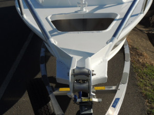 7000 YELLOWFIN REAR CENTRE CONSOLE  200 HP PACK 3