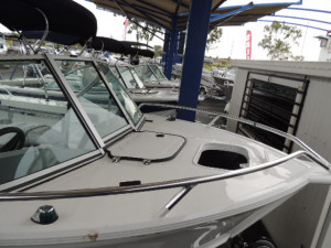 QUINTREX 490 FISHABOUT  F70 HP  Pack 2