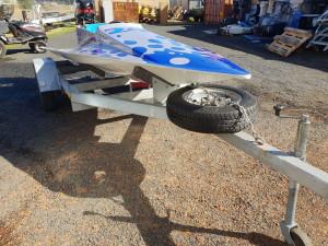 Race spec* Wing boat with 25hp Mercury 2 stroke 2001 model