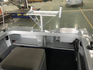 NEW 5.40M BLUEFIN RANGER CENTRE CONSOLE WITH NEW 115HP 4-STROKE