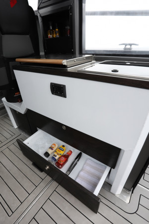 STABICRAFT 2750 CENTRECAB