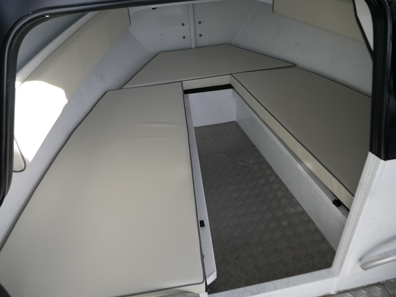 Quintrex 7000 Yellowfin Hard Top - Southerner