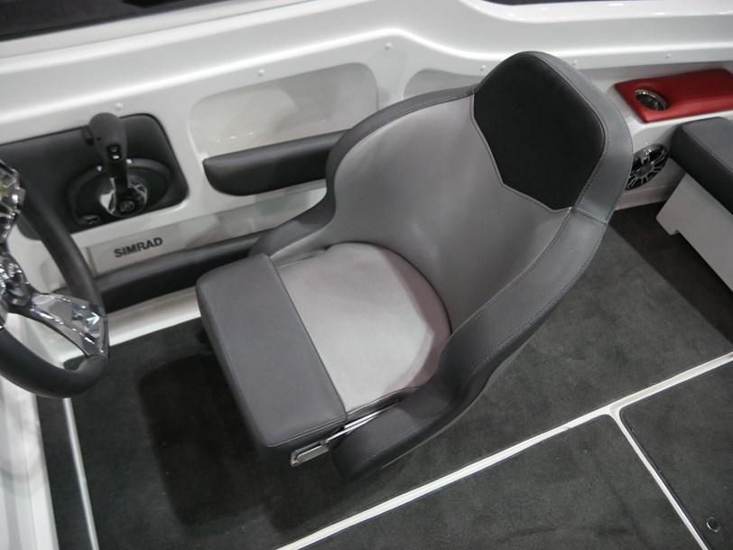 Revival 590 X-Rider : Bow Rider