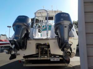 2005 Pro Kat 2660 Centre Console Catamaran