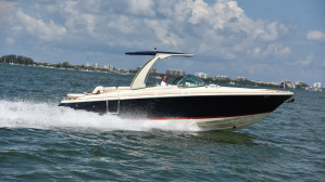 Chris-Craft Launch 28 GT