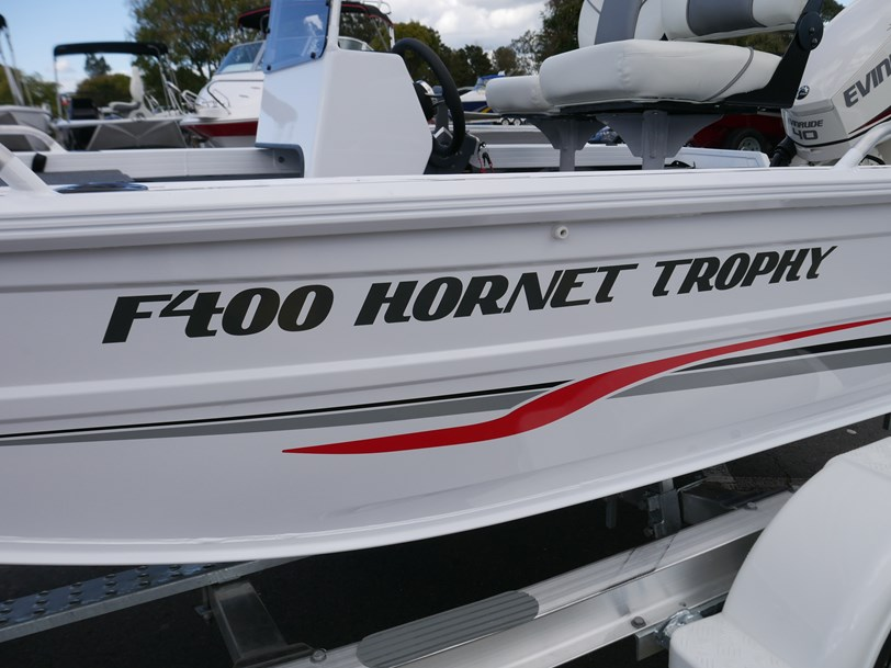 Quintrex 400 Hornet Trophy