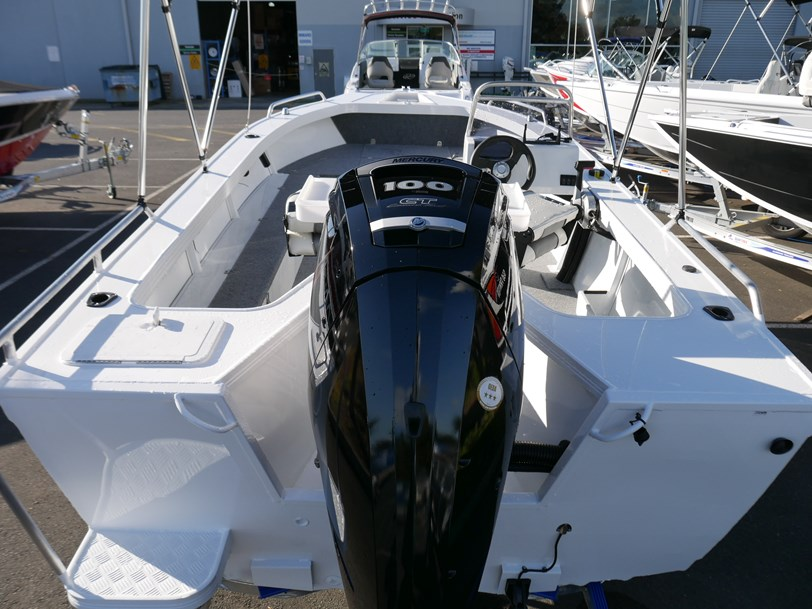 Quintrex 530 Renegade Side Console Jv Marine Melbourne