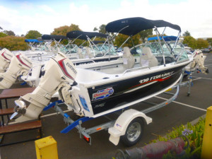 Quintrex 430 Fishabout DLX Runabout