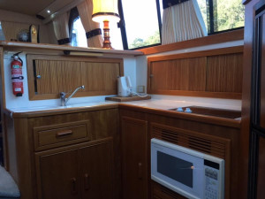 Riviera 43 Flybridge For Sale At Akuna Bay