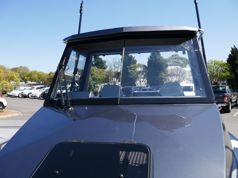 Quintrex 7600 Yellowfin 'Southerner' Hard Top