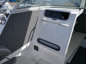 Quintrex 650 Trident - Soft Top