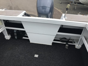 HYPERHULL 580 TWIN CONSOLE