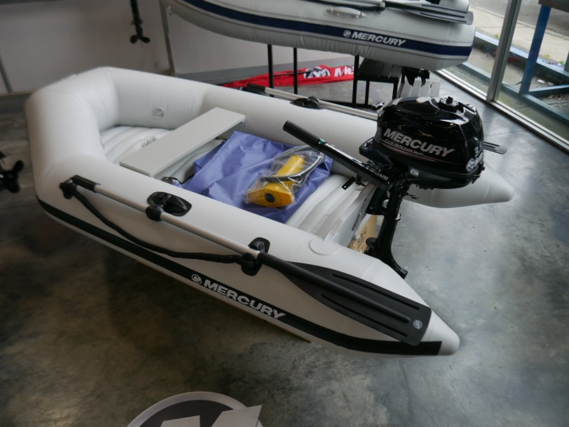 Mercury 240 Dingly - Inflatable Boat
