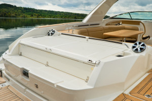 Sea Ray SLX 350