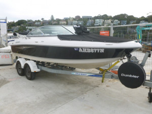 Four Winns  N 180 bow rider 2012