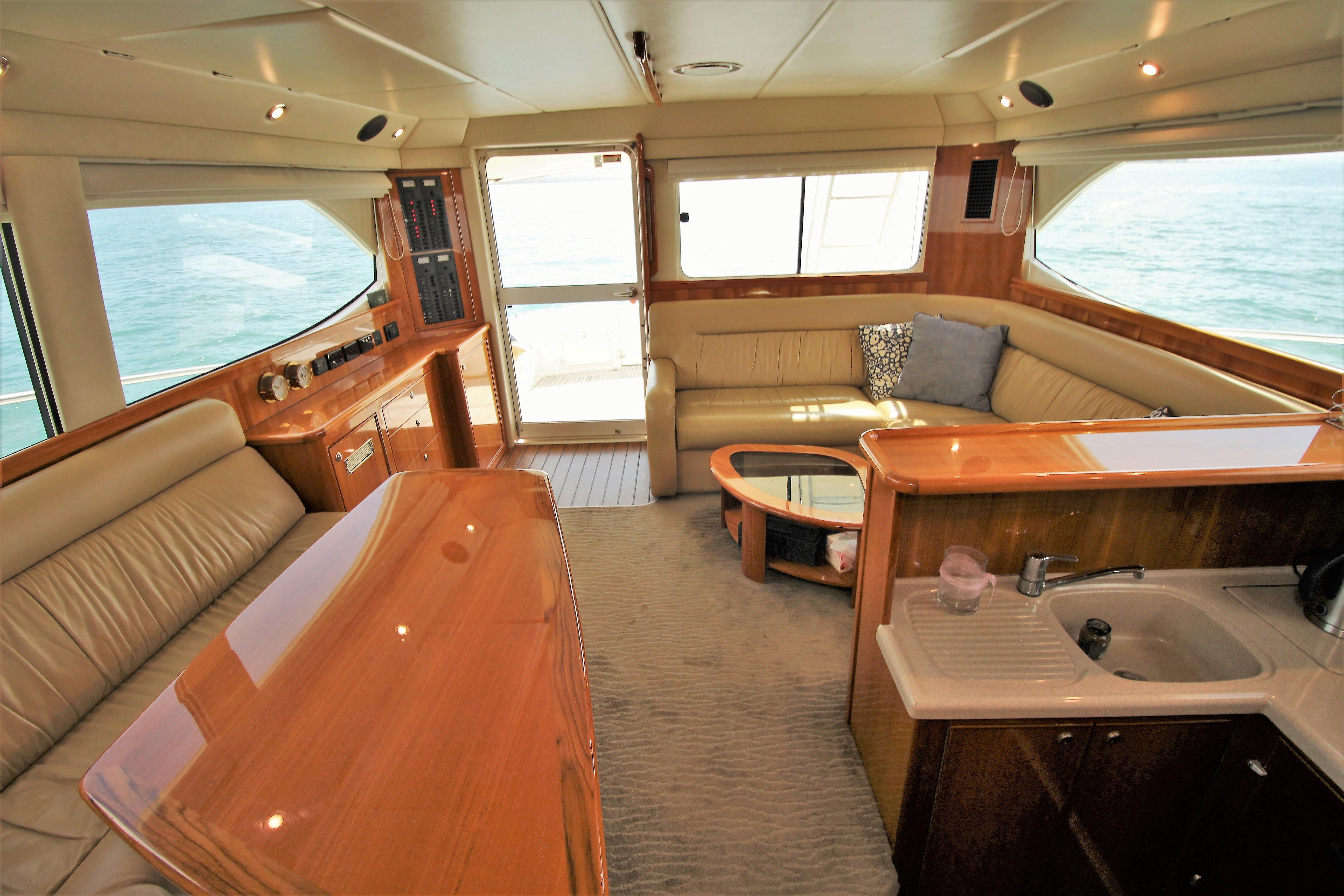 Riviera 47 Flybridge G1 2004