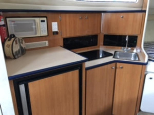 Bayliner Ciera 3055 for sale at Akuna Bay