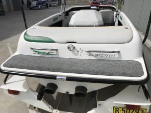 Skicraft Excel 202 Centre Mount Ski Boat 2005 Model