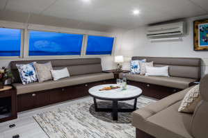 Pacific Quest - Luxurious Liveaboard Charter Vessel