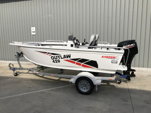 Stacer 429 Outlaw Side Console 2020 Model DF50