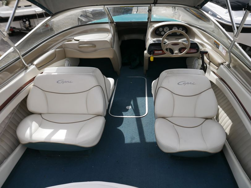 Bayliner 2050 Capri Bow Rider