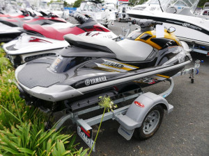 Yamaha FZS Waverunner Jetski